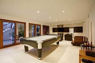 Professional pool table installers in Boston