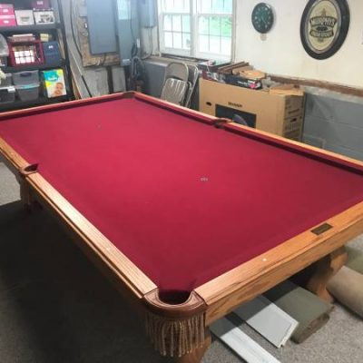 Beautiful Olhausen Americana Pool Table 9'